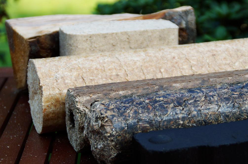 Holzbriketts und Brennstoffe