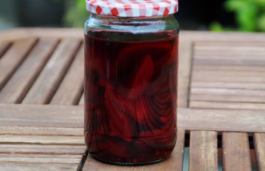 Eingekochte Rote Rübe