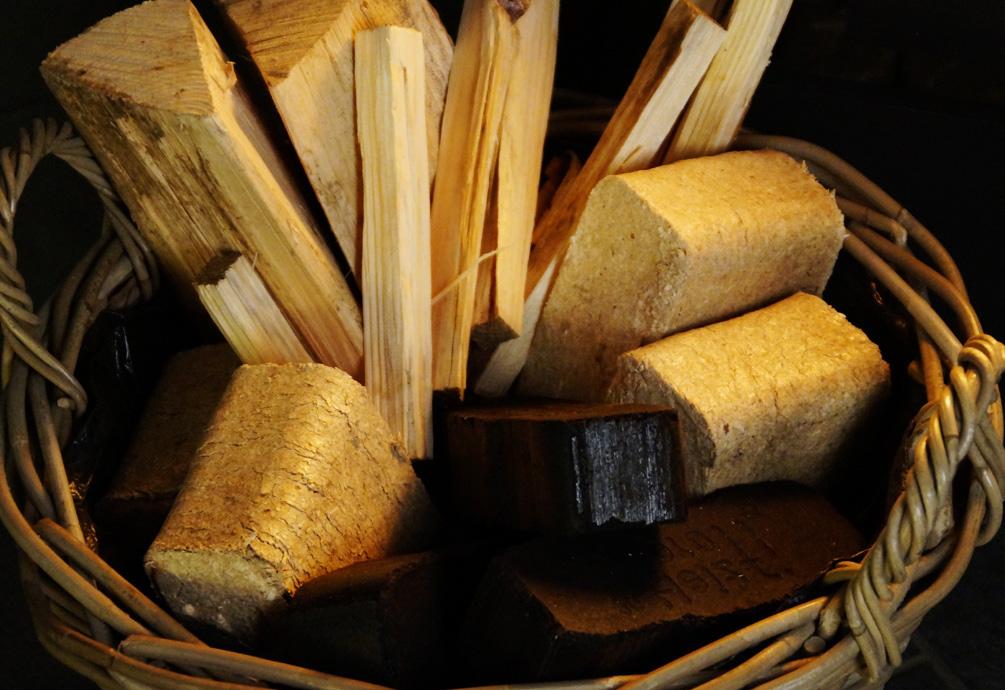 Richtig heizen - Erst Holz, dann Kohle