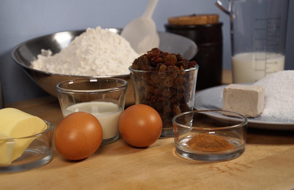 Süße Rosinenschnecken Zutaten